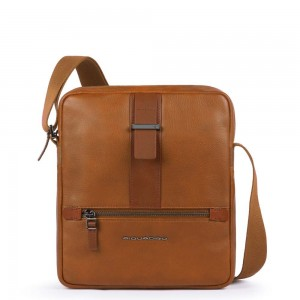 Piquadro leather iPad holder SS19